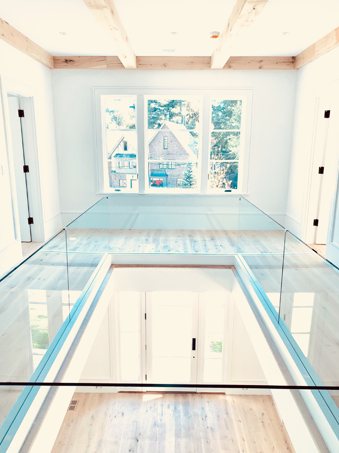 Open foyer glass interior architecture